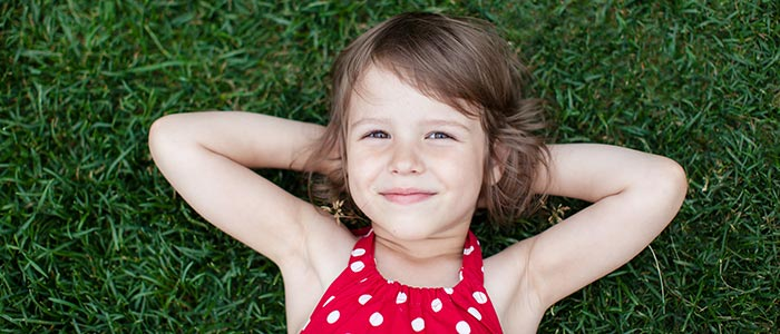 chiropractor sees children for wellness chiropractic care